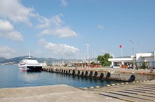 マルマリス港
