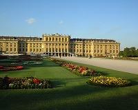 シェーンブルン宮殿と庭園